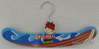 """Вешалка для одежды деревянная """"Пират"""" (30,5 см, арт. MF-6087)"""