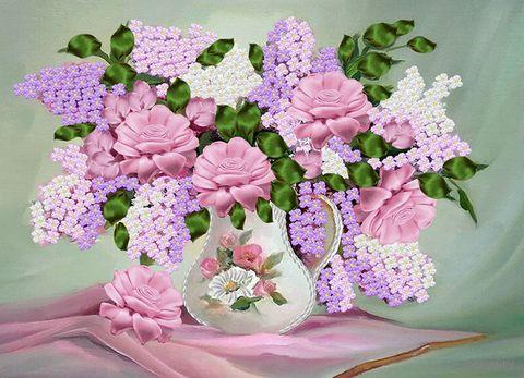 "Вышивка лентами ""Розы и сирень в вазе"" (360х260 мм) — фото, картинка"