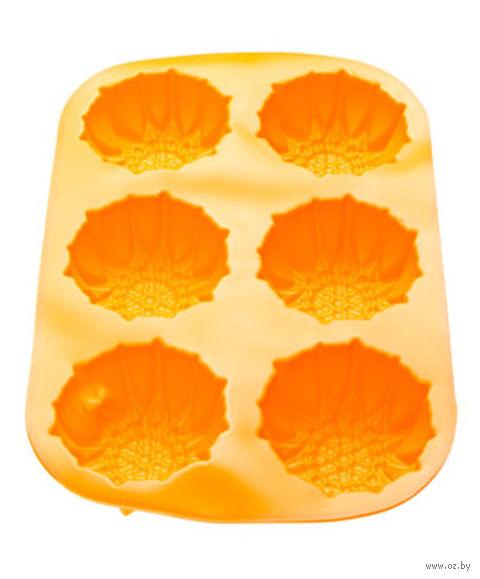 Форма силиконовая для выпекания кексов (275x180x30 мм; оранжевая) — фото, картинка