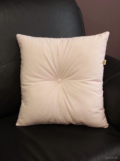 Подушка (43х43 см; пудровая) — фото, картинка