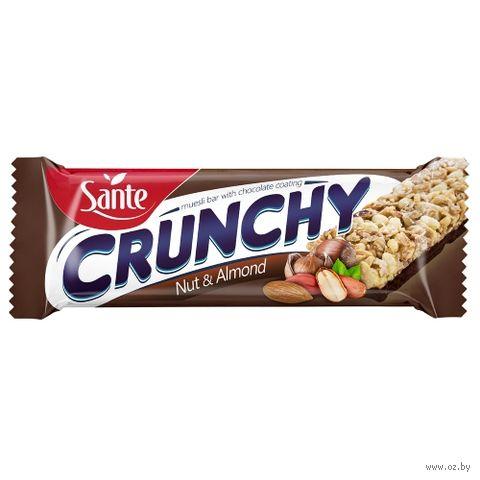 """Батончик глазированный """"Crunchy. Nut & Almond"""" (40 г) — фото, картинка"""