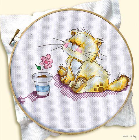 """Вышивка крестом """"Котенок с цветком"""""""