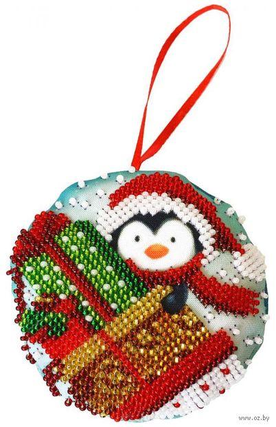 """Вышивка бисером """"Новогодняя игрушка. Подарки"""" (85х85 мм) — фото, картинка"""