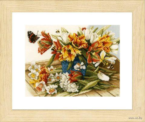 """Вышивка крестом """"Нарциссы и тюльпаны"""" (240х260 мм) — фото, картинка"""