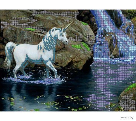 """Канва с нанесенным рисунком """"Единорог и водопад"""""""