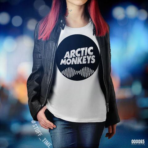 "Футболка женская ""Arctic Monkeys"" S (065)"