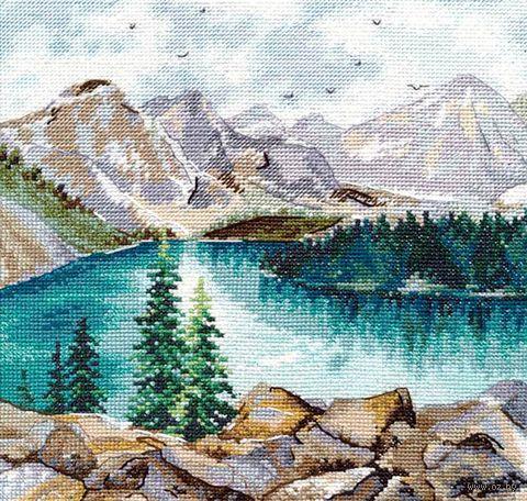 """Вышивка крестом """"Озеро Морейн"""" (200х200 мм) — фото, картинка"""