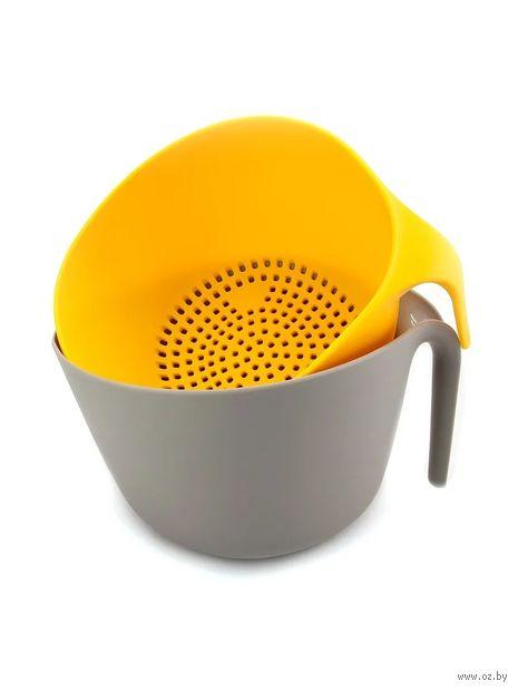 Дуршлаг пластмассовый (серо-желтый) — фото, картинка