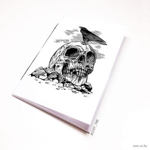 """Блокнот белый """"Ворон и череп"""" А6 (арт. 103) — фото, картинка"""