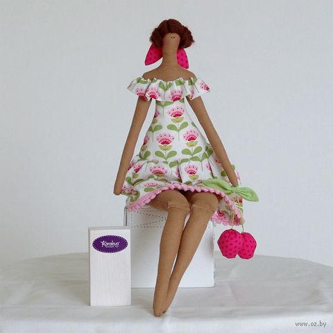"""Кукла ручной работы """"Девушка"""" (с вишнями)"""