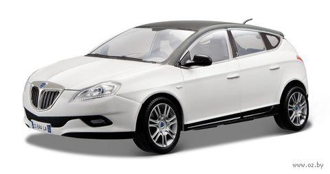 """Модель машины """"Bburago. Lancia New Delta HPE"""" (масштаб: 1/24)"""