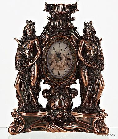 """Часы в пластмассовом корпусе """"Девушки"""" (21*26 см, арт. 4720045)"""