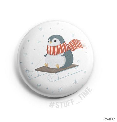 "Значок маленький ""Пингвинчик на санках"" (арт. 969) — фото, картинка"