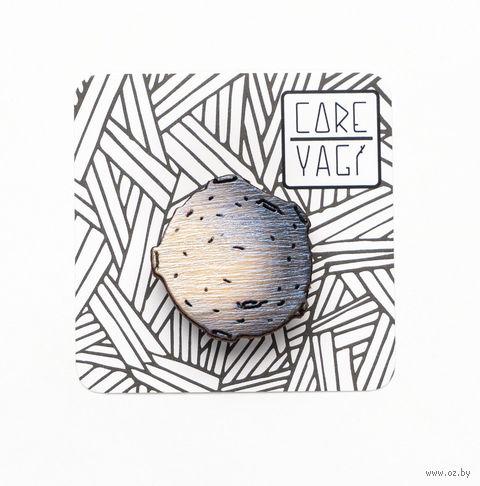 "Значок деревянный ""Луна"" — фото, картинка"